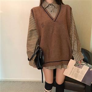 实拍宽松韩版无袖针织毛线马甲背心宽松+韩版百搭格子衬衫女