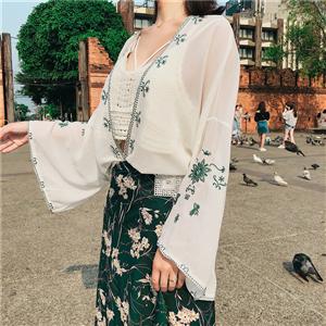 实拍 夏装度假民族风刺绣蕾丝波西米亚喇叭袖开衫 防晒衫