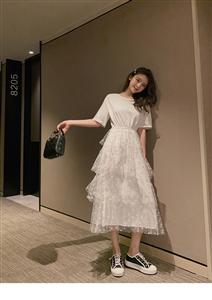 2019夏新款韩版波点蕾丝网纱拼接裙短袖层层蛋糕连衣裙女潮