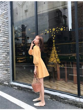 实拍2019春装新款小方领收腰A字纯色连衣裙